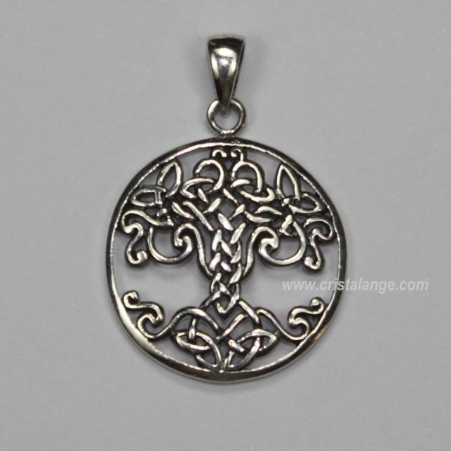 Découvrez cet arbre de vie, bijou de la kabbale en argent, ainsi que de